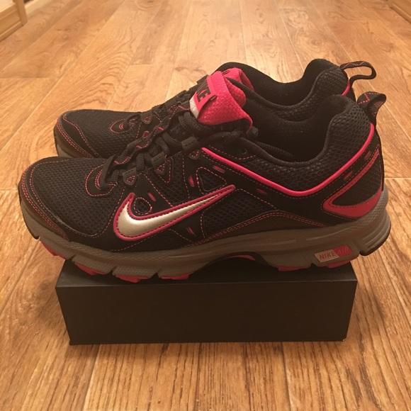 Womens Trail Running Shoes Sz9 | Poshmark